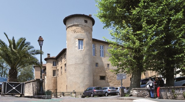 Chateau Vieux Façade
