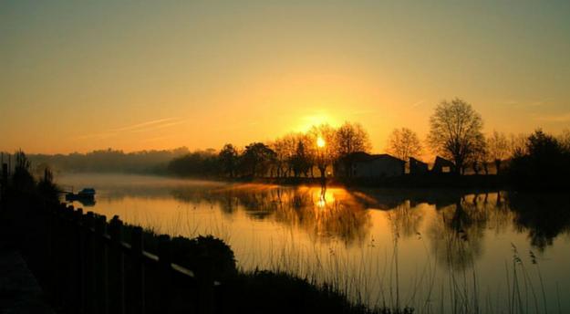 coucher de soleil à la plaine d'Ansot à Bayonne